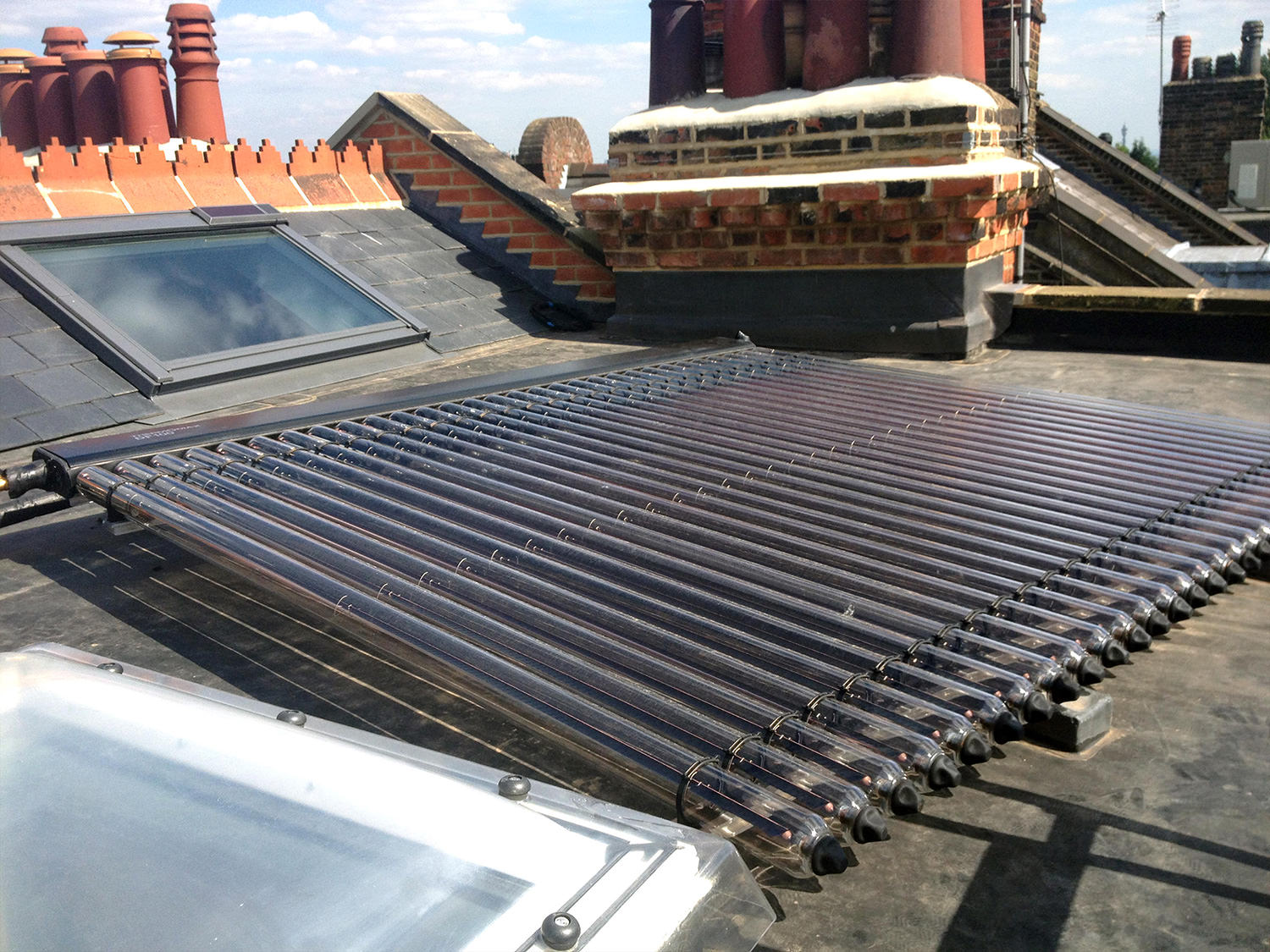 Kingspan Thermomax DF100 solar thermal collector